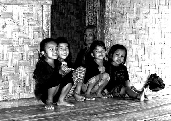Baduy people are a reclusive tribal group that has lived a relatively undisturbed, traditional lifestyle in a closed society for more than 400 years until the recent encroachment of economic and social pressures from the outside world. Although they live in an isolated area of mountainous rainforest only 100 kilometres southwest of Jakarta, Indonesia's capital city, the Baduy have in the past been able to effectively seal their community off from the rest of the world.