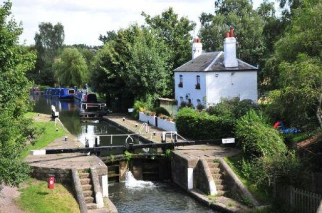 The Grand union canal in Kings Langley, Hertfordshire.
