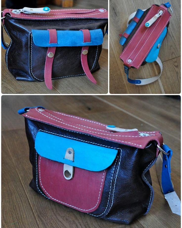 Двусторонняя  Небольшая сумка на каждый день - идеальный вариант для города. Сумка функциональна с обеих сторон - её можно носить любой стороной наружу.  Размеры 28 х 18 х 9  Сумка продана. Сделаю похожую на заказ (точное повторение невозможно) Возможен вариант в других цветах  #Кожаная_женская_сумка #женские_дизайнерские_сумки #необычные_сумки #авторские_сумки #сумки_ручной_работы #handmade_bags #woman_leather_bags