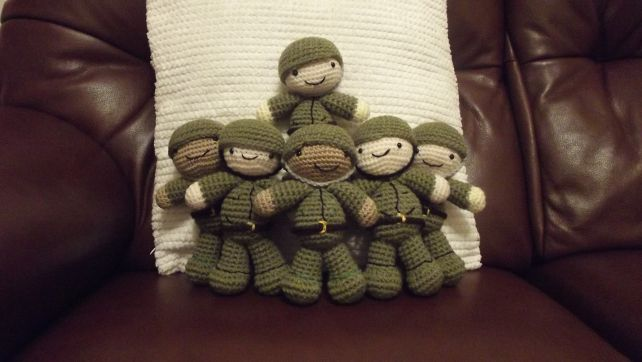 Remembrance Day Soldiers free crochet pattern by Amiguruthi