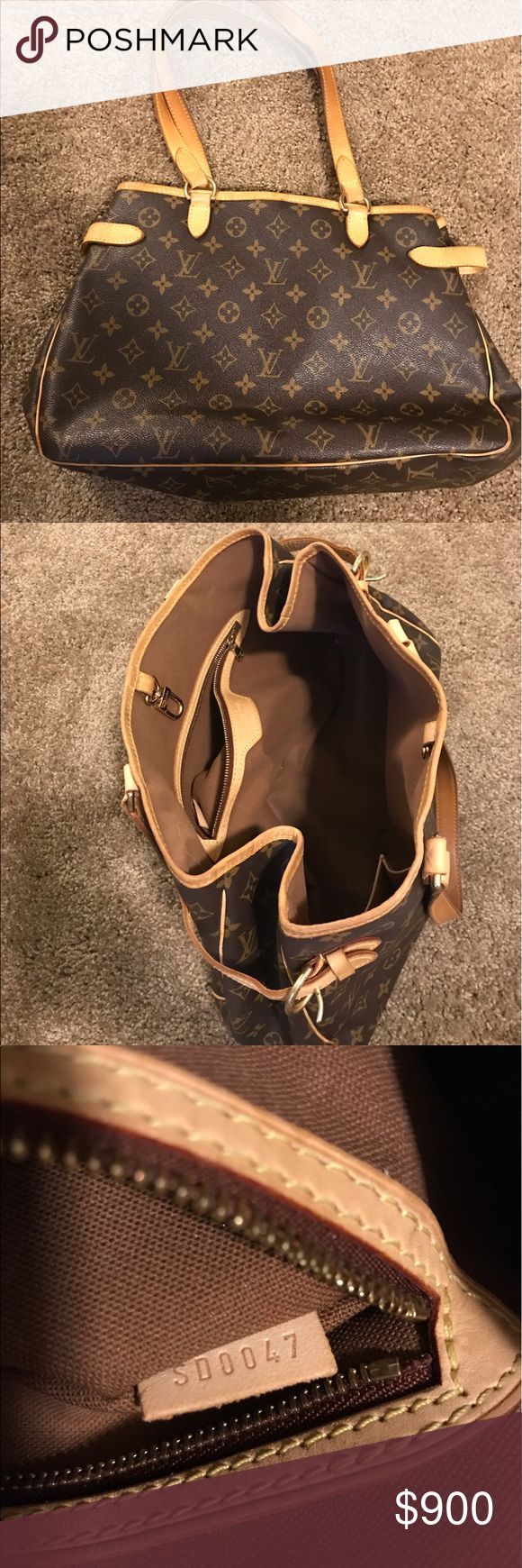 authentic Louis Vuitton Authentic Louis Vuitton.  Please see date code for authenticity.  In super great condition and clean inside and out. Louis Vuitton Bags Totes