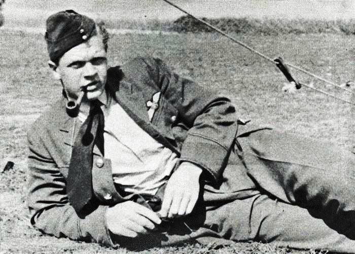 P/O Richard M Hogg served with No 152 Squadron RAF at RAF Acklington in early July 1940 and shared in the destruction of a Ju 88 on 12 and 21 August. He was killed in action, aged 21, over the Channel on 25 August 1940 in Spitfire Mk Ia UM-B.