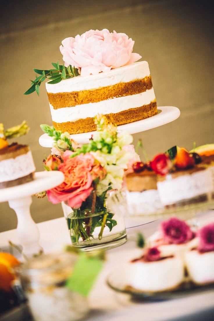 Wedding cake Budapest desserttable desserts mini cake sweet naked cake  www.nekedcake.hu