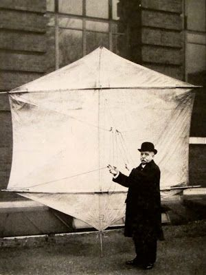 """G.S. Kemp Assistant to Gugoielmo Marconi with a """"Levitor kite"""""""