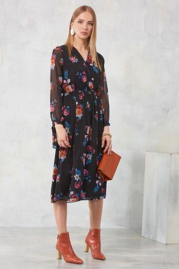 Çiçek Desenli Siyah Maksi Elbise