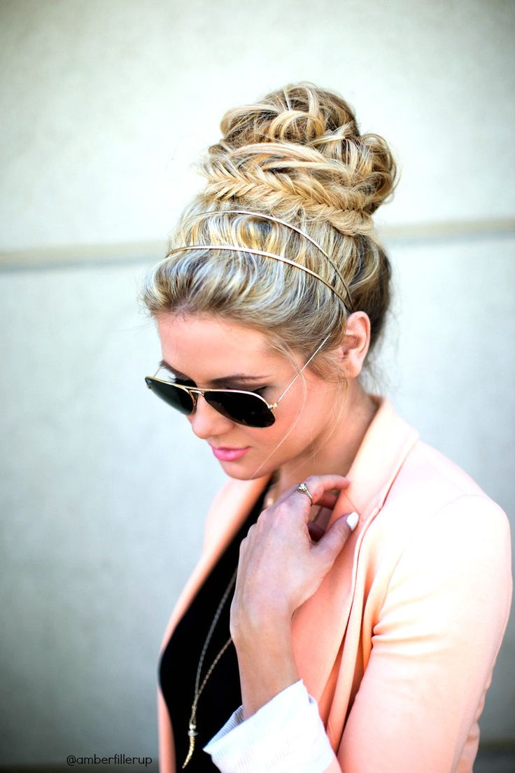Fishtail bun. // Barefoot Blonde hair...love the headband!! Plus aviators. Perf