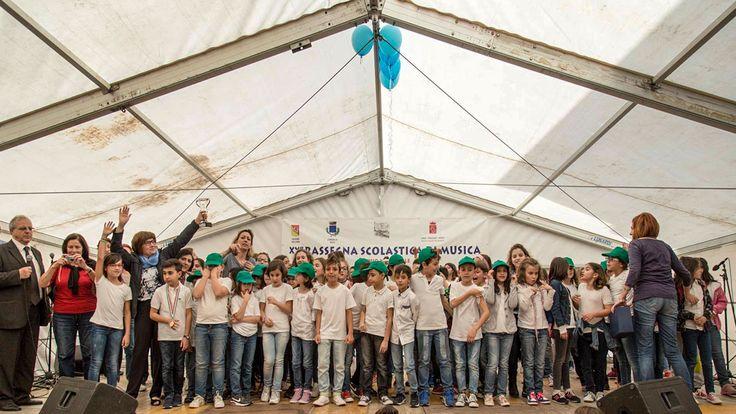 I ragazzi del comprensorio di Brolo stravincono a Mirto - http://www.canalesicilia.it/ragazzi-del-comprensorio-brolo-stravincono-mirto/ Brolo, Canto, Coro, Istituto Comprensivo, Mirto
