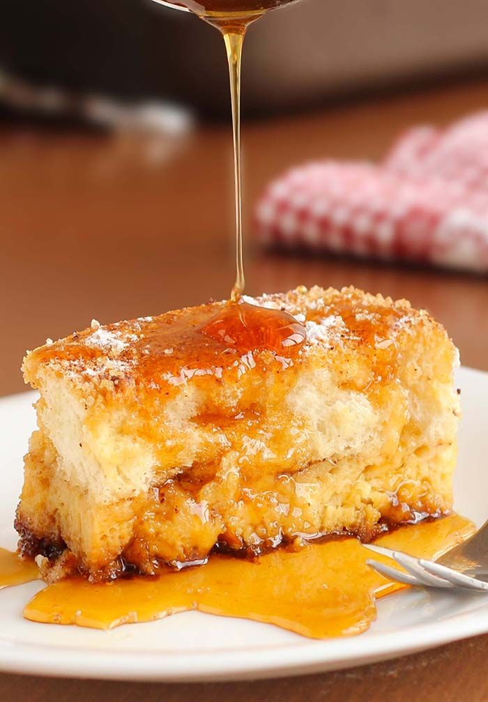 This Easy Overnight French toast bake just happens to be perfect for cold winter mornings, lazy weekend mornings, or as an easy, make-ahead Christmas morning breakfast.