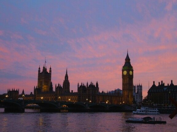 London - Houses of Parliament - sunset - May 2012