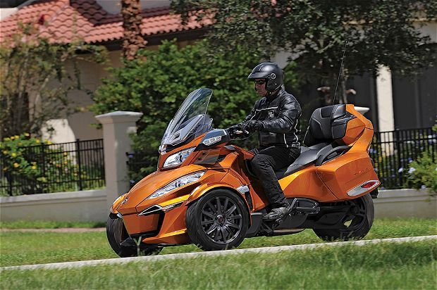 2014 Can-Am Spyder RT | First Ride | Motorcyclist Magazine | Motorcyclist FIRST RIDES | Pinterest | Can am spyder, Can am and Motorcycle