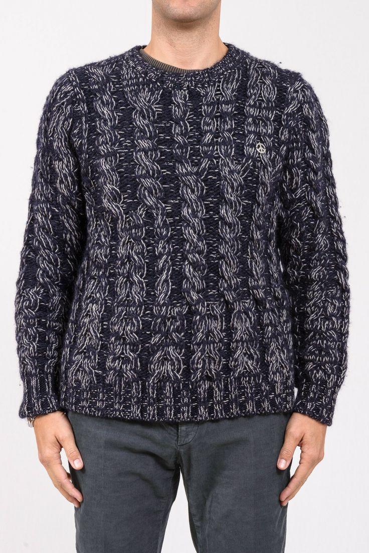 MAGLIA LOVE MOSCHINO  Splendido maglione di lana melange, girocollo, logo sul cuore. http://www.vienvioutlet.it/index.php/uomo/maglia-love-moschino.html#sthash.J6rk07Lt.dpuf