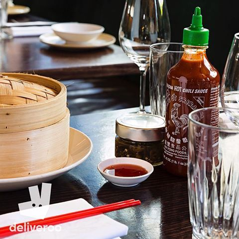 What are dumplings without Sriracha? Wouldn't know, never do it. Don't go without Sirracha, this Mad Mao Monday we are giving you a FREE 9oz bottle with any order with @deliveroo_au Order by clicking the link in our profile. #chinadiner #dumplings #sriracha #yumcha #sydneyfoodshare #sydneyfood #sydneyfoodie #sydneyfood #sydneyrestaurants #sydneyeats #bondi #bondibar #bondilife #bondilocal #bondifood #bondifoodie