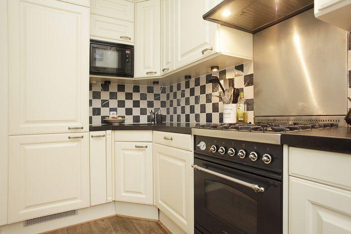 zwart wit wandtegels keuken   keuken   Pinterest