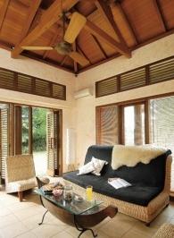 Memilih, mengecat elemen kayu bangunan, perabot & merawatnya