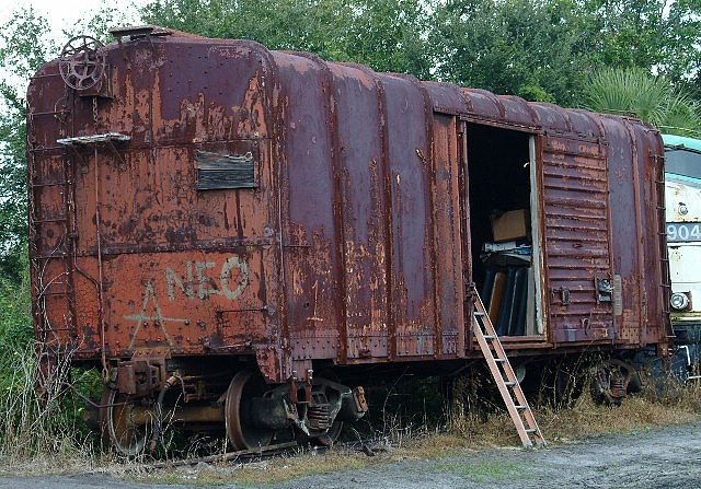 RR car ~ reminds me of the Box Car Children