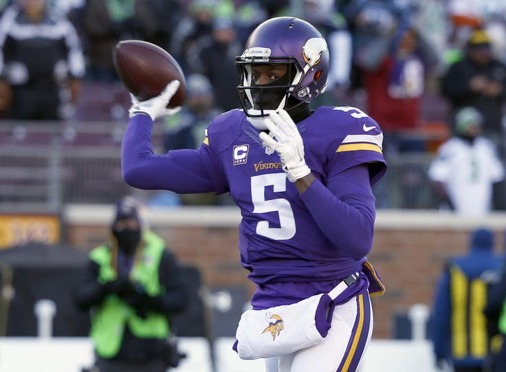 NFL Latest: Cousins arrives, and Redskins fans like that...: NFL Latest: Cousins arrives, and Redskins fans like that… #GreenBayPackers