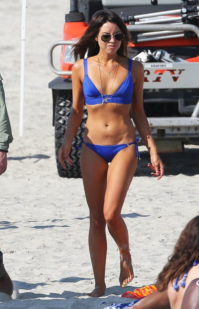 Aubrey Plaza in a Bikini on the Set of Dirty Grandpa | POPSUGAR Celebrity