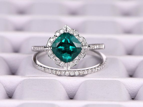 2pcs Emerald Engagement ring Set! Oro bianco, diamante wedding band, 7mm taglio cuscino, anello nuziale, Retro Vintage Floral, Lab-Treated verde smeraldo
