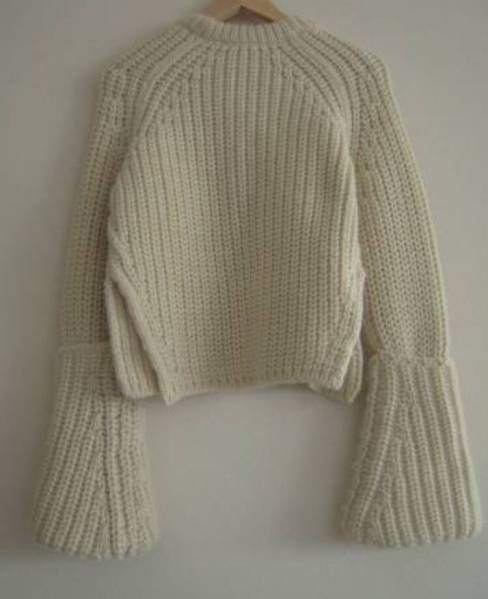 美品 セリーヌ celine13 ニット フィービー梨花滝沢VERYcropped low gauge knit jumper...