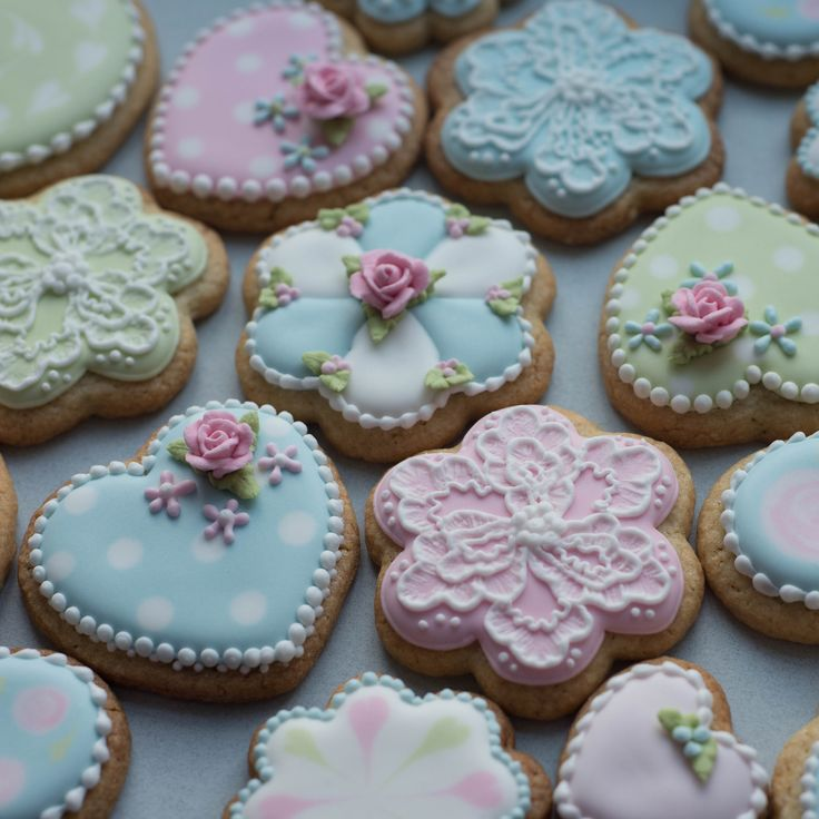 Pretty Pastels - iced biscuits