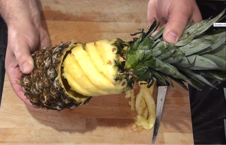 4 Ways How To Cut And Serve Pineapple - I'm only using the 1st & maybe 4th Way!!!