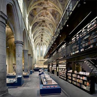 Top 10 Bookstores in the World... Amazing photos.