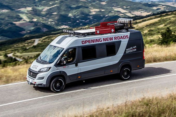 fiat ducato 4x4 expedition konzept wohnmobil extrem 4x4 und neuheiten. Black Bedroom Furniture Sets. Home Design Ideas