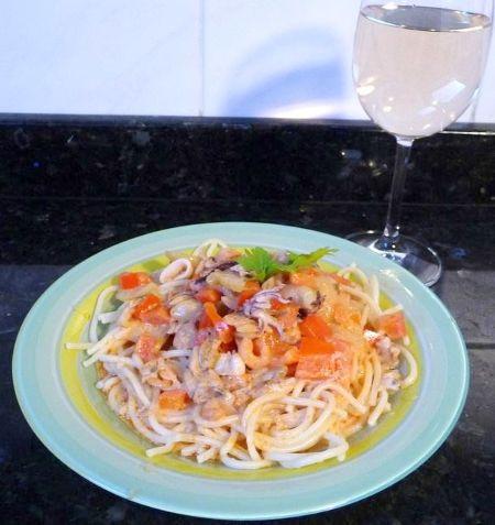 Tenger gyümölcsei spagetti Zsóficitól