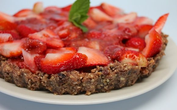Raw Strawberry Tart | Recipe