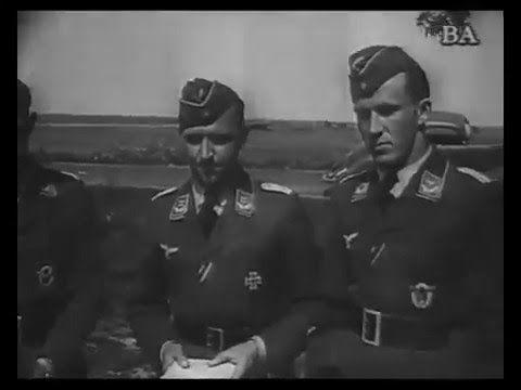 Die Deutsche Wochenschau - 1940-08-29 - Nr. 521 - Stuka Zusammenbau, Bom...