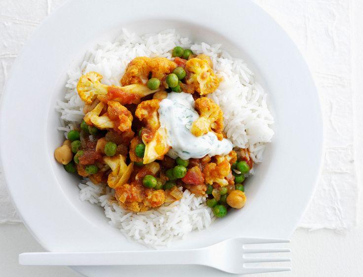 Poulet tandoori, naan, raïta… La cuisine indienne se développe de plus en plus en France. Pourquoi ? Grâce à ses recettes hautes en couleurs et pleines de saveurs : mélanges sucrés salés et plats relevés… On est fan. Pour transporter toute votre petite famille, découvrez nos meilleures recettes pour mettre l'Inde dans vos assiettes !
