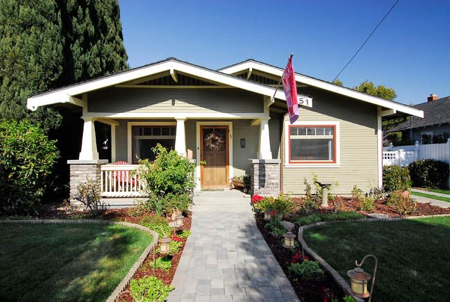 1000 images about bungalow renovation on pinterest for Californian bungalow front door