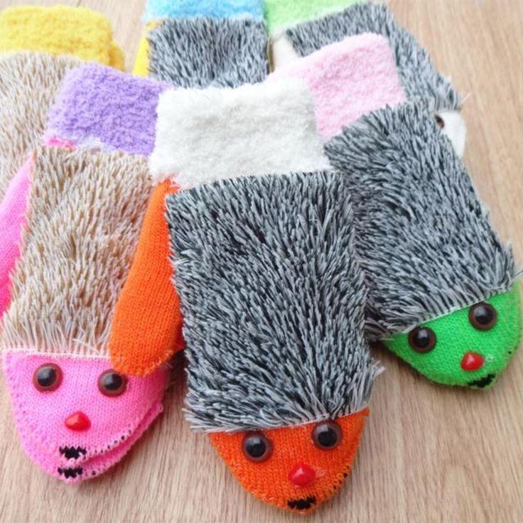 New Winter Gloves Hedgehog Children Knit Warm Fitness Heated Villus Mittens 6Colors Novelty Cartoon Mitaine Soft Warm Mitten