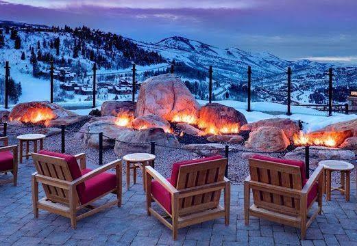 """Se você quiser ir além do """"pacote básico"""" na sua próxima viagem de inverno, confira estas sugestões com os destinos mais luxuosos e exclusivos. #DestinosEssenciais"""