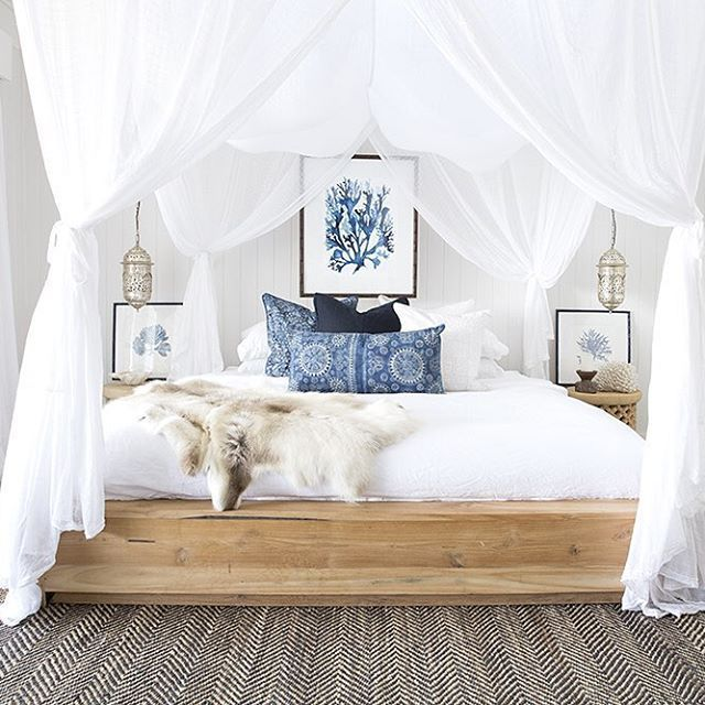 I couldn't resist sharing one of my favourite images created for the very talented and lovely @driftwoodinteriors on our recent shoot @thegrovebyronbay featuring our favourite @coca_mojo cushion collection bohemian lux with a hint of coastal charm absolutely @villastyling through and through Styling & Photography @villastyling with the lovely @the_boho_bungalow assisting on location and Toni our lovely framing assistant huge thank you ladies such a big day and huge effort all round with