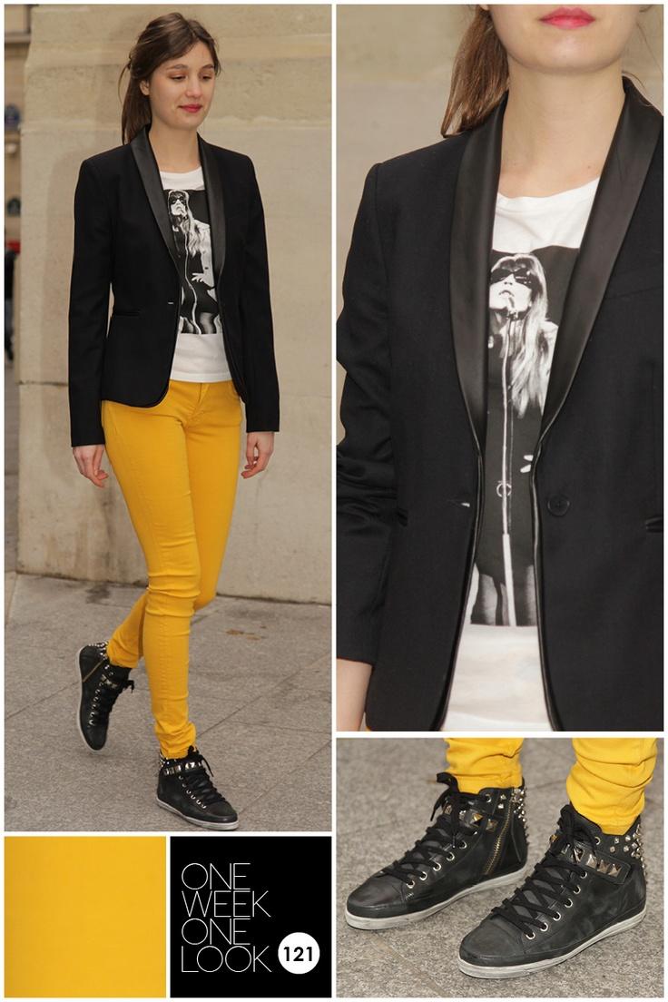Les 25 meilleures id es concernant pantalon moutarde sur pinterest jean moutarde pantalon de - Blazer jaune moutarde ...