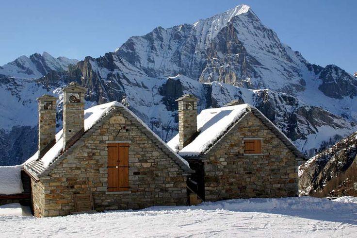 Tetti in pioda nella valle Divedro a quota 2000 mt slm
