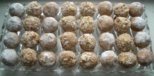 Trufe cu crema de castane | Retete culinare cu Laura Sava