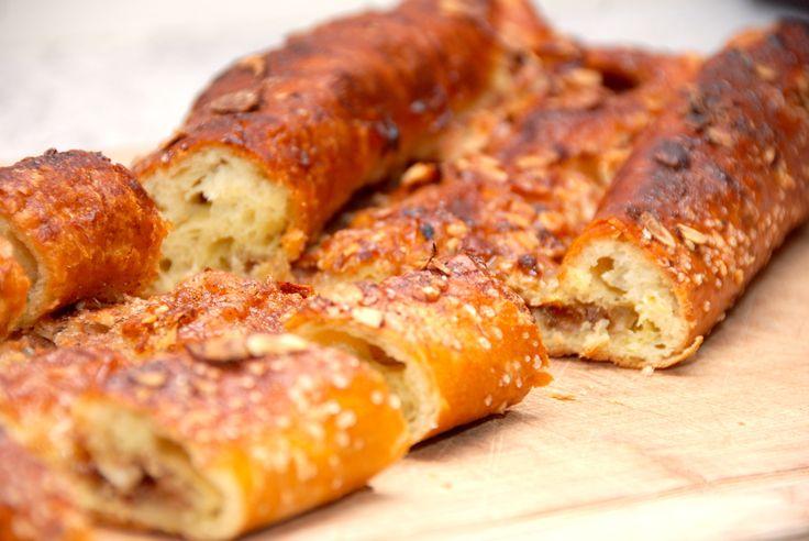 Søren Ryges kringle opskrift er en af de bedste kringler, og kringlen er rimelig nem at bage selv. Her kan du se hvordan. Kender du Søren Ryges kringle opskrift? Kringleopskriften blev kendt i et a…