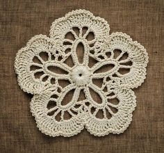 Irish Crochet Pattern: http://www.irishcrochetlab.com/#!product/prd3/2167445775/flower.-item-%23nk-00-012