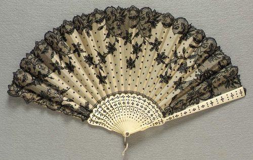Fan    early 20th century    The Museum of Fine Arts, Boston