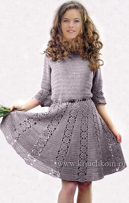 Серое вязаное платья для девочек