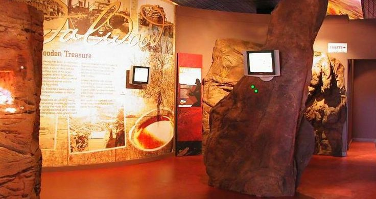 Complementing the rich visual history of the Northern Goldfields, the Great Beyond Explorers' Hall of Fame utilises cutting edge technology to bring to life the characters and stories of the past.