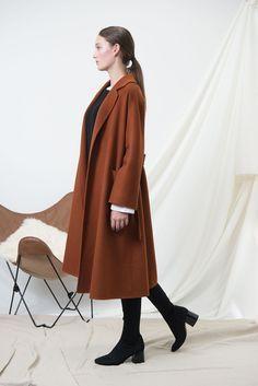 JL034 Golden caramel alpaca coat