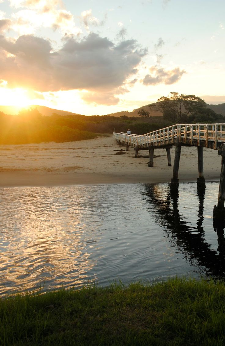Crescent Head Bridge, the only way to the beach.