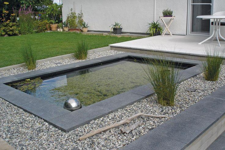Kundenbild von einem Teichbecken mit Steinplatten, die als - wasserbecken kunststoff rechteckig