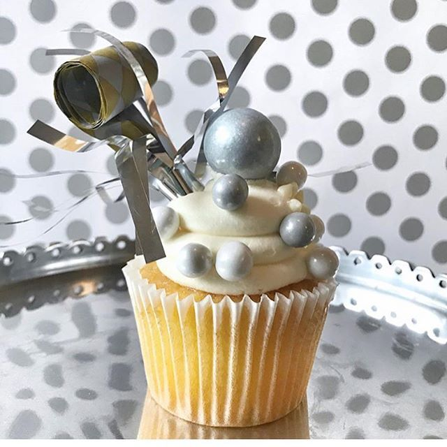 Silvester-Desserts, Silvester-Cupcakes, Silvester-Cupcakes, Silvester-Desserts, DIY-Cupcakes, festliche Cupcakes, Feiern …