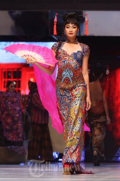 20140904_153312_fashion-show-anne-avantie-25-tahun-berkarya.jpg