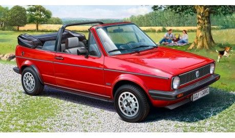 Revell - 07071 - Maquette de voitures / cars model kits - vw golf 1 cabrio - 1/24