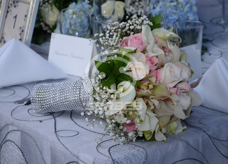 Bouquet de la Novia. Pbx: (2)4858851 Cali